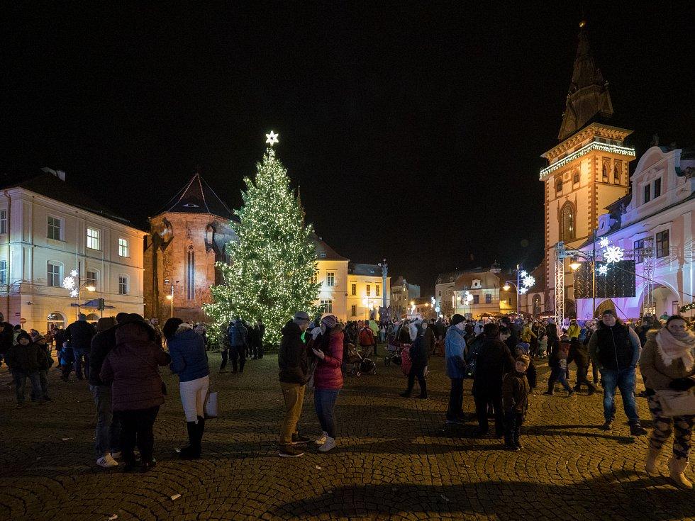 Vánoční tržiště se otevře v úterý.