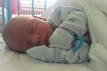 Malý Michálek Hlaváč se narodil v chomutovské porodnici 30. srpna v 10:26 hodin s mírami 4100 g a 53 cm. Radost z něj mají maminka Petra Klímová a tatínek Michal Hlaváč.