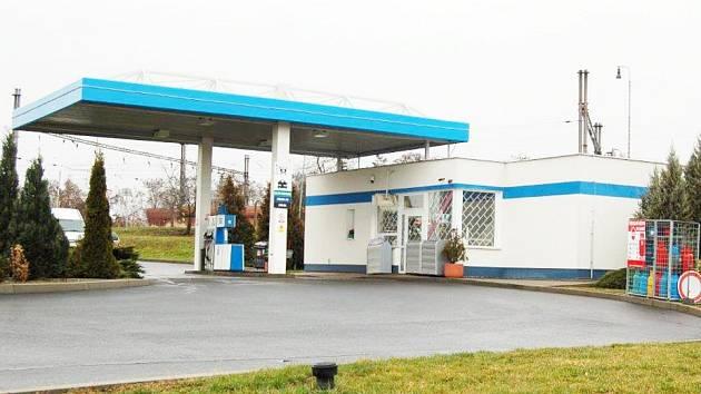 Benzinku na kraji Března přepadli za posledního půl roku už podruhé.