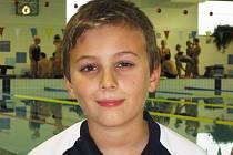 Karel Kaška ve všech svých devíti závodech doplaval mezi nejlepší trojicí plavců.