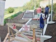 Vznikající schodiště v Krušnohorské ulici v Jirkově