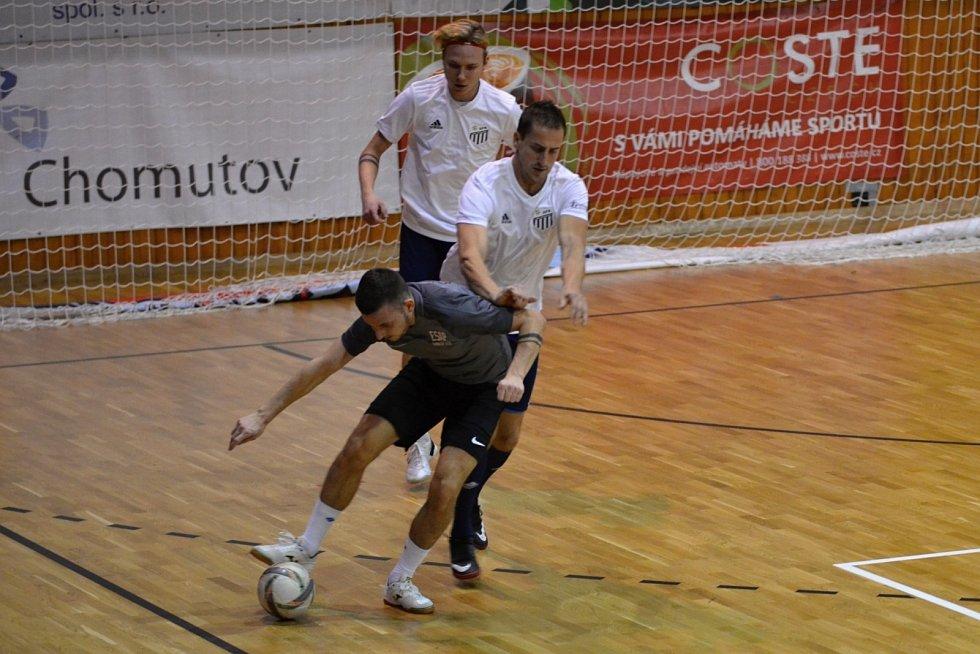 O 3. místo ESAP-LoKo Chomutov (v bílém) 0:2