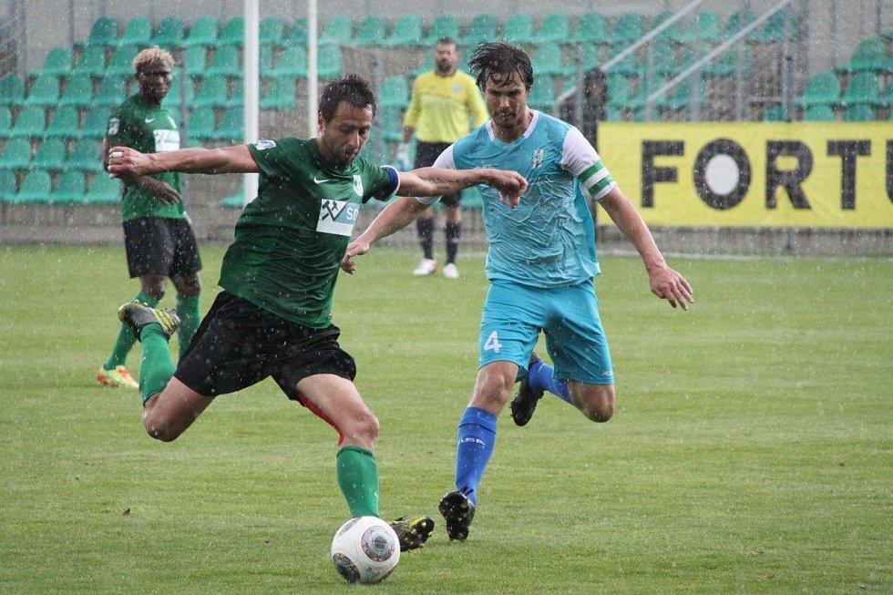 Ze zápasu FC Chomutov - LoKo Vltavín (1:2)