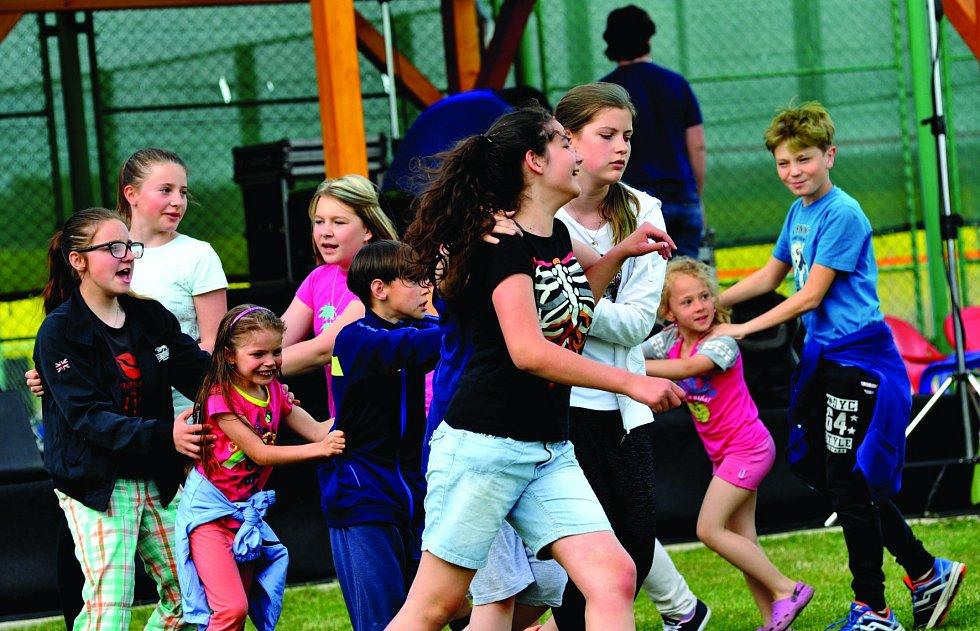 Ve strupčickém sportovním areálu přivítali léto.