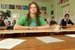 Zčeského jazyka a literatury skládali studenti písemnou maturitní zkoušku na chomutovském soukromém gymnáziu, 2012.