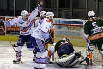 Snímky ze zápasu Mostu s KLH Chomutov.