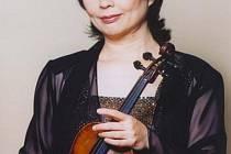 Významná houslová virtuózka Shizuka Ishikawa.