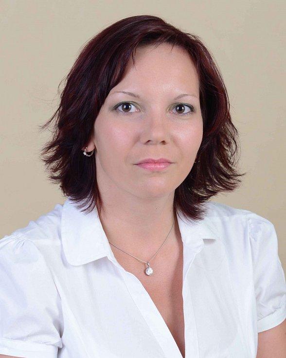 Michaela Jindráčková - ČSSD, 28 let, učitelka.