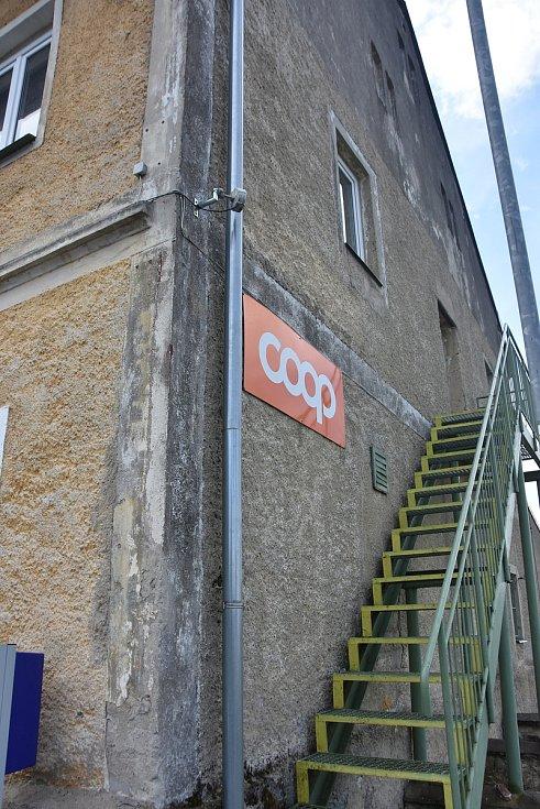 V obci mají obchod, ve stejné budově plánují také hospodu.
