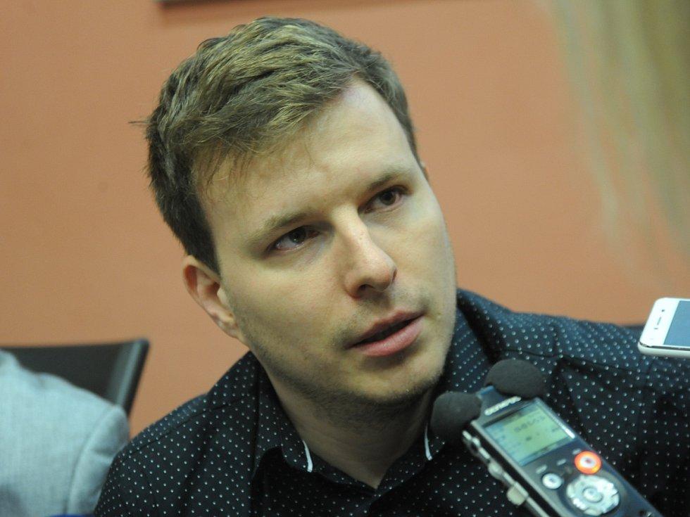 Nově zvolený první náměstek primátora David Dinda (Nový sever).