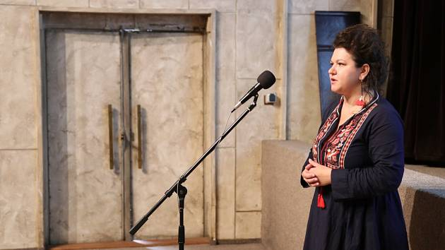 V pátek bude v refektáři Františkánského kláštera v Kadani koncertovat Aida Mujačič.