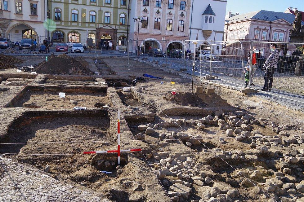Výzkum středověkých domů.