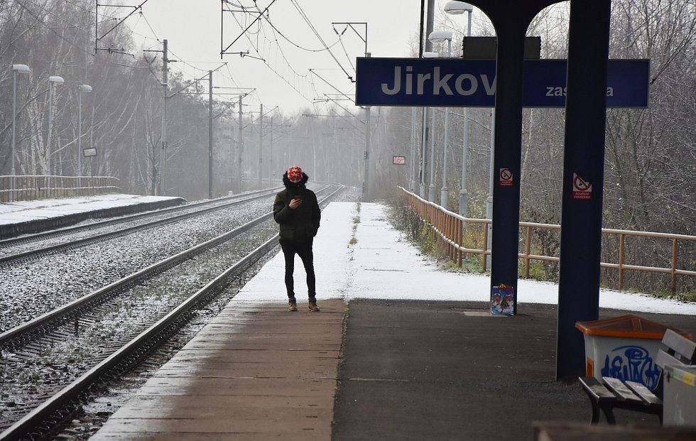 Zastávka Jirkov.