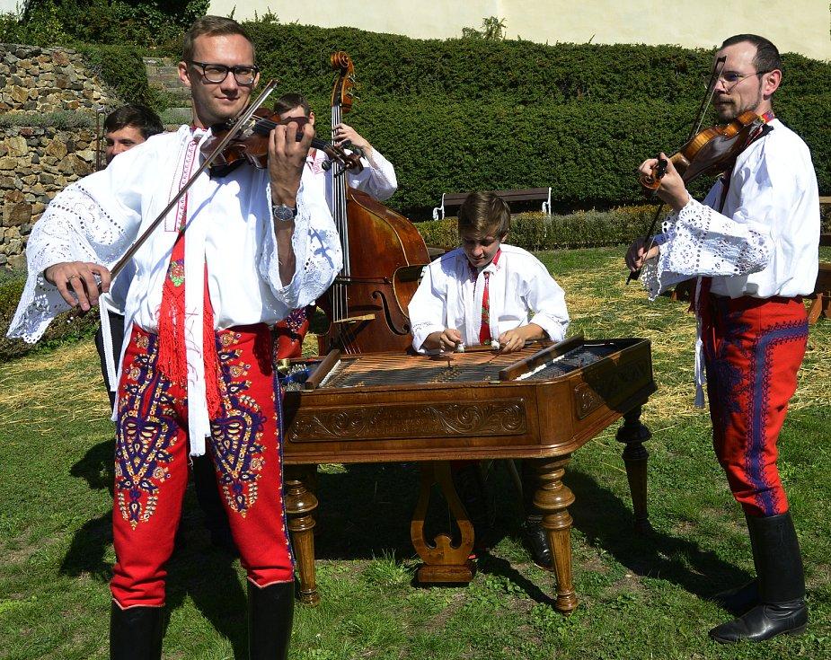 Svatováclavské vinobraní v Kadani.