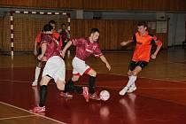 Chomutovská 1. zimní liga malého fotbalu zakončila sezonu 2009/2010.