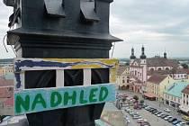 Chomutov nově zdobí zajímavé nápisy na řadě míst včetně náměstí 1. máje