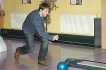 Snímek z bowlingu.