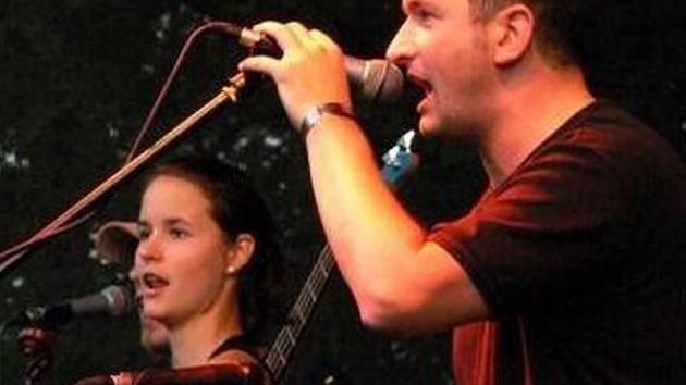 Kapela Bran se věnuje bretaňskému folklóru.