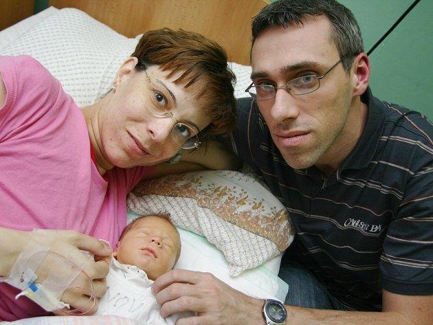 Lenka Kučerová přivedla v chomutovské porodnici na svět Matěje Kučeru.