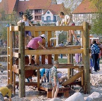 Vodní staveniště.