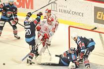 Hokejisté Chomutova nečekaně zvítězili na ledě Třince.