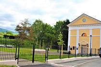 Od čtvrtka 5. srpna se veřejnosti otevřela zahrada synagogy v Jirkově.