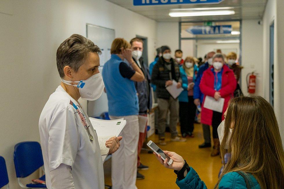 Nemocnice Kadaň začala v sobotu 6. března s hromadným očkováním proti covidu-19