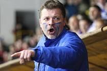 Trenér kláštereckých hokejistů Michala Jägera.