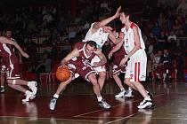 Chomutovští basketbalisté v úspěšné éře.