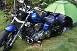 Vysokou Pecí burácely motory i kytary.