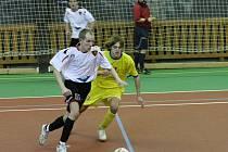 Futsalisté Betisu (na snímku v bílém Jaroslav Mezera) prohráli již třetí zápas v řadě.