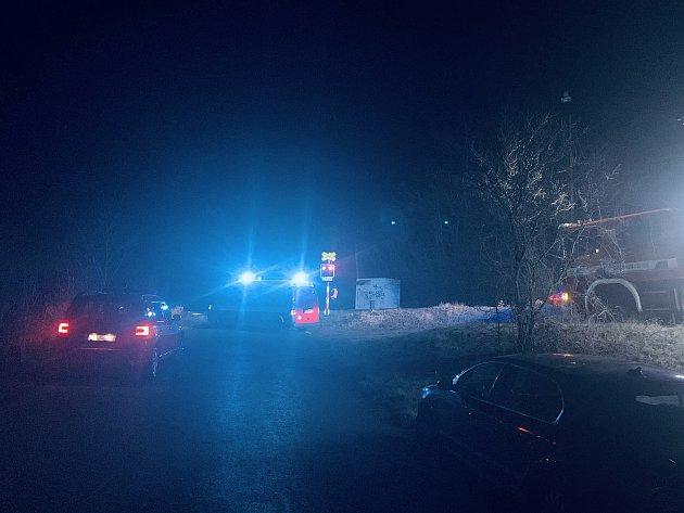 Vlakový provoz na trati meziŽatcem a Podbořany zastavil se zastavil vpátek večer krátce po 17.hodině.
