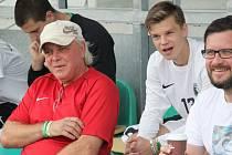 V utkání s Brozany bal Marek Chaloupka (č.12) na lavičce, v Úvalech vystřelil druhý bod.