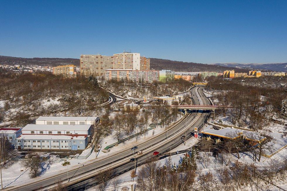 Pohled na experimenty v Chomutově uprostřed letošní krásné bílé zimy. (15.2.2021)