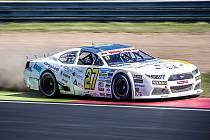 Na mosteckém závodním okruhu se opět pojede NASCAR.