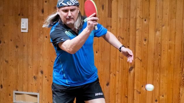 Na snímku je hráč Jirkova Marcel Feifrlík.