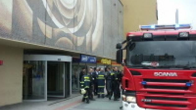 Zásah hasičů v chomutovském Prioru