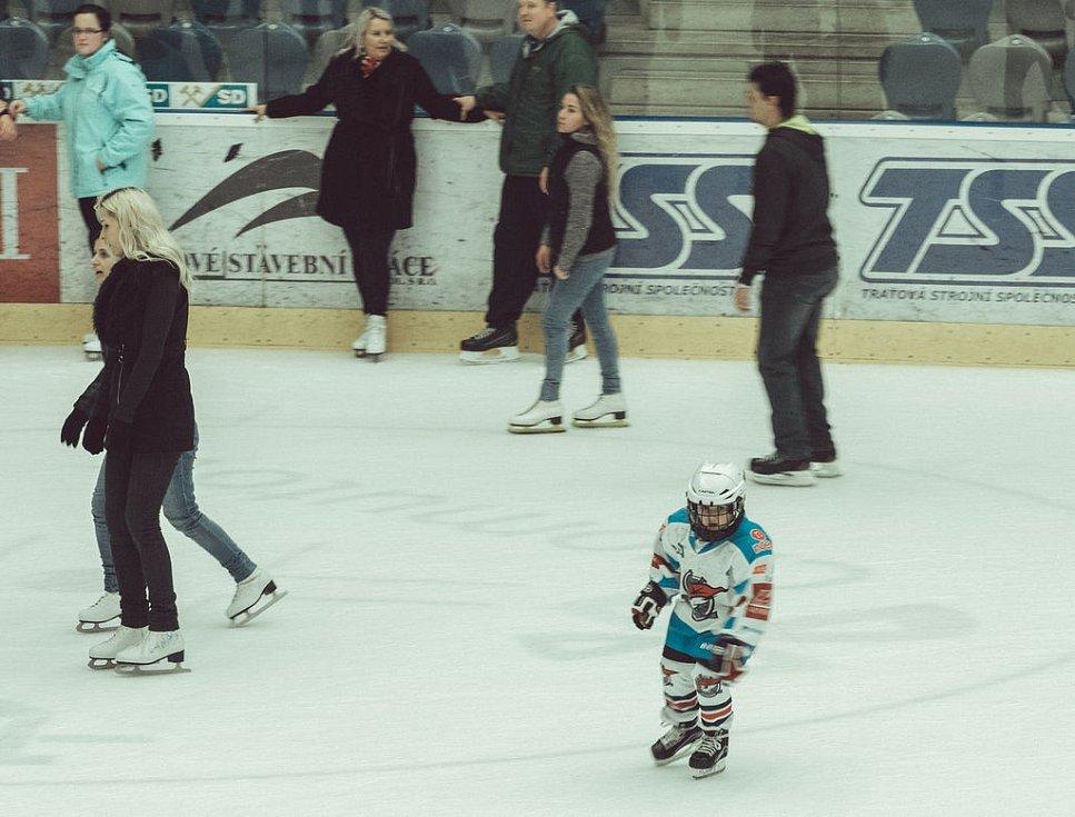 Silvestr na ledě.