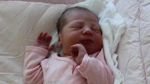 Klára Mašková se narodila mamince Sandře Lavrukové a tatínkovi Jaroslavovi Maškovi z Chomutova 23.7.2019 v 6:42 hodin. Měřila 51 cm a vážila 3 kg.