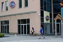 Obchod C&A v Chomutově.