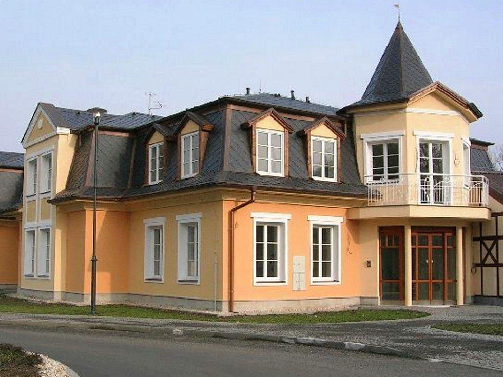 Nový lázeňský dům.