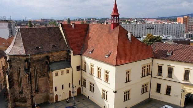 Již po sedmnácté mohou občané města Chomutova navrhnout osobnost, která získá ocenění Jiřího Popela z Lobkovic.