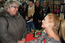 Modelka Veronika Kašáková na autogramiádě