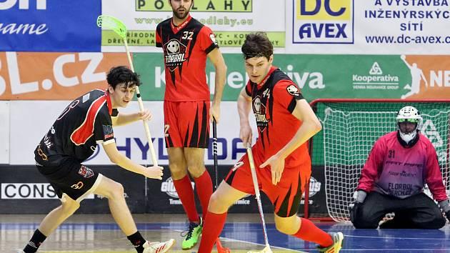 Ústečtí florbalisté vyřadili Chomutov v sérii 3:1 na zápasy.