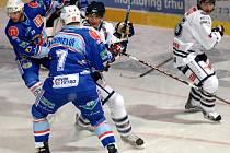 Snímek z utkání 1. hokejové ligy: HC Benátky nad Jizerou - KLH Chomutov.