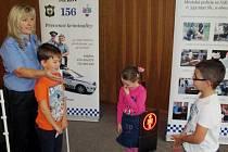 Strážníci s dětmi
