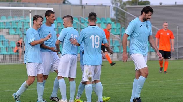 Divizní fotbalisté FC Chomutov.