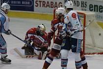 Snímky ze zápasu Berounských medvědů s KLH Chomutov.