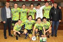 Na snímku vítězný tým Gymnázia Chomutov.