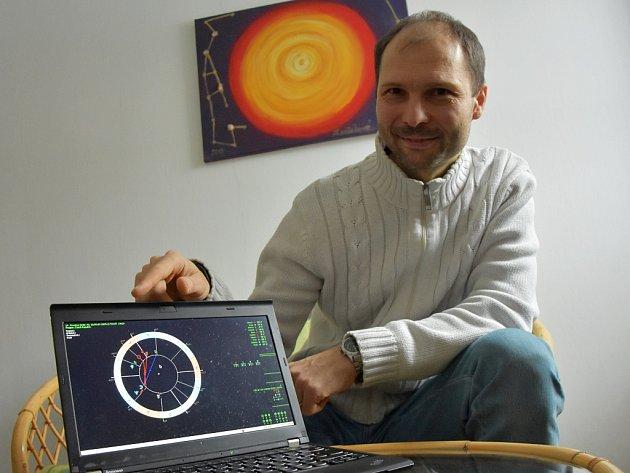 Chomutovský astrolog Radim Žáček